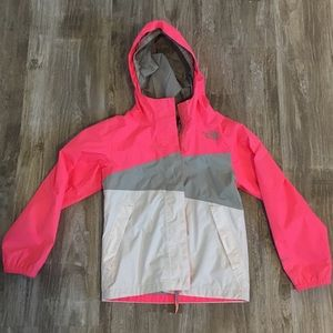 The north face girls xs size 6 rain/wind jacket